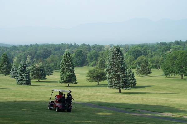 Thunderhart Golf Course Image